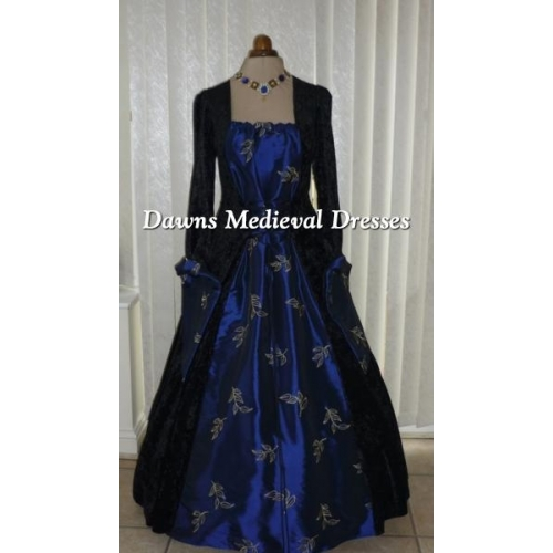 Medieval gothic Black & Blue Dress RM 18-20