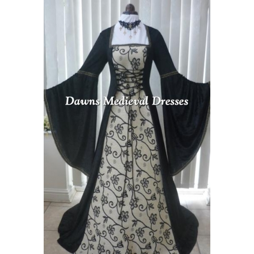 Renaissance Medieval Gothic Dress Black and gold tapestry