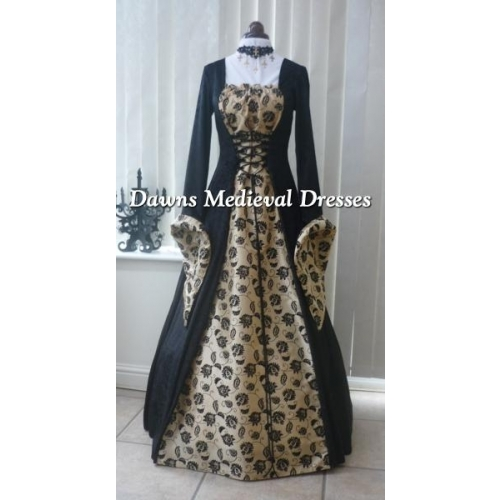 Medieval Gothic black and Gold Taffeta dress