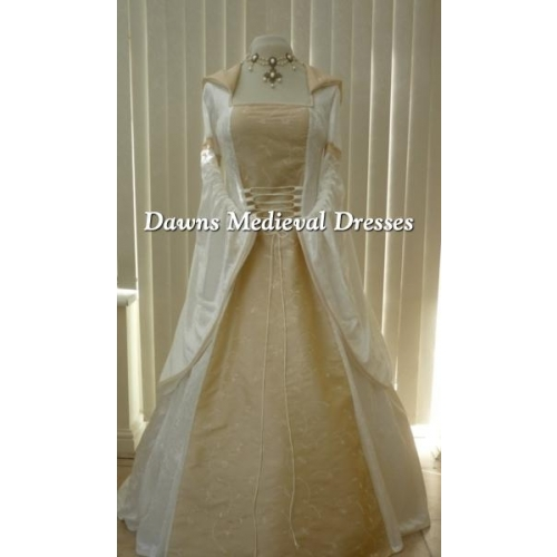 Renaissance Festival Wedding Dresses: Medieval Renaissance Wedding Dress Cream & Champagne