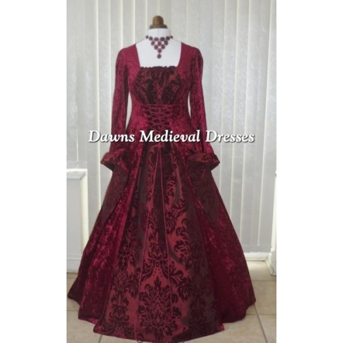 Medieval Gothic Burgundy Wedding Dress RM  18-20