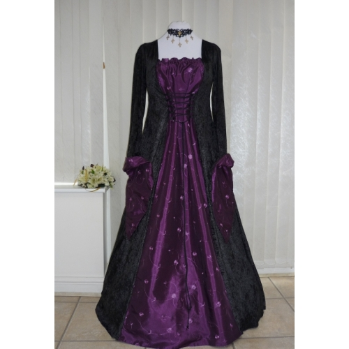 Medieval Gothic Pagan Black and Aubergine Purple Ta