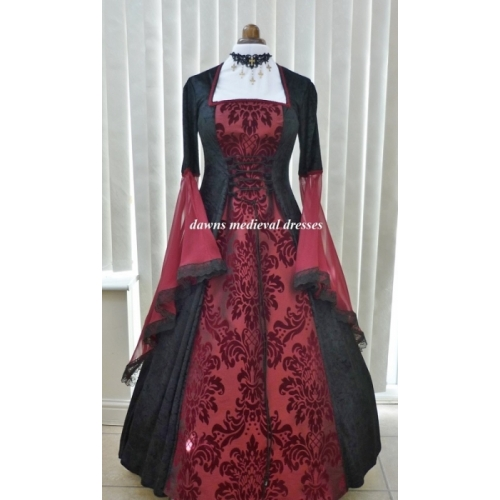 Red Wedding Dresses.Renaissance Medieval Goth Pagan Black Red Wedding Dress