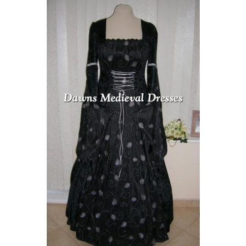 MEDIEVAL GOTH OPEN SLEEVE BLACK AND SILVER DRESS